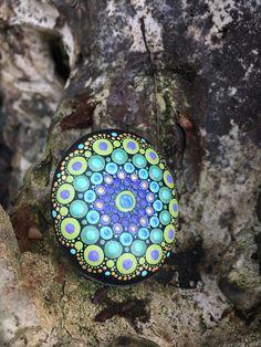 Handbeschilderd steen