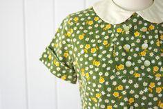 1960s peter pan collar daisy dress | $52