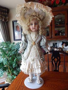 30 Victorian Romance porcelain doll by Patricia Loveless Puppen & Zubehör