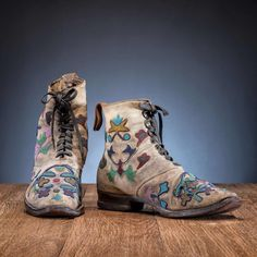 Bid Now: Santee Sioux Beaded Hide Work Boots - September 5, 0121 10:00 AM EDT Native American Moccasins, Native American Beadwork, Native American Art, Cowboy Boots, Sioux, Nativity, September, Auction, Fashion