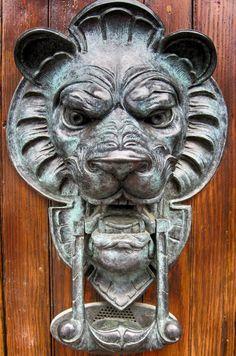 Lion's head door knocker in Beacon Hill, Boston