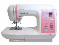 Массу возможностей для шитья и художественной отделки вам подарит швейная машина AstraLux 7100: разные виды строчек для всех типов тканей, создание аппликаций, буфов и сборок, вышивка, квилтинг и пэчворк. Работа с любыми видами ткани: от шелка до джинсы и даже кожи. Шейте всё что угодно, не ограничивая свою фантазию. Из технических особенностей модели: • Выполняет 100 видов строчек + 4 вида петель в автоматическом режиме • Зеркальное отображение строчек • Программа защиты от неправильной…