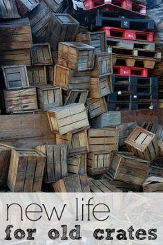 Turn old wooden crates into beautiful furnishings.