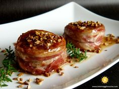Pork Tenderloin with Bacon, Honey Glazed – Meat Foods Ideas I Love Food, Good Food, Yummy Food, Veal Recipes, Cooking Recipes, Baked Chicken Breast, My Favorite Food, I Foods, Italian Recipes