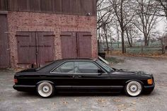 Classic Car News Pics And Videos From Around The World Mercedes Auto, Mercedes Benz Coupe, Autos Mercedes, Mercedes W126, Old Mercedes, Bmw Autos, Bmw Classic Cars, Classic Mercedes, Merc Benz