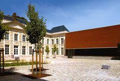MUSÉE MATISSE PALAIS FENELON   Emmanuelle et Laurent Beaudouin - Architectes Matisse, Fenelon, Museum Architecture, Laurent, Mansions, House Styles, Home Decor, Architects, Decoration Home