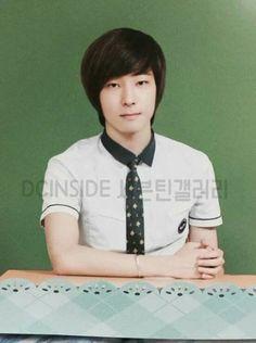 Dino Seventeen, Mingyu Seventeen, Seventeen Wallpapers, Eun Ji, Woozi, Boys Who, Baby Photos, Childhood, Kpop