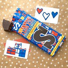 Vandaag is de start van de feestmaand december! 🎉❤️💙 Nog een paar nachtjes en dan is het pakjesavond en daarna tellen we de dagen al weer af naar Kerst. Een maand vol gezelligheid en cadeautjes. 🎁Heb jij je cadeaulabels al in huis? 💌🎄🎊 #studioholland #greetingcard #kaarten #post #stickers #kerstkaart #echtpost #dutch #nl #fromhollandwithlove #ontwerp #studioplume #rood #wit #blauw #hipenstipkaarten #feest #cadeau #kado #cadeaukaarjte #gifttag #sinterklaas #kerst #tonyschocolonely Gift Tags, Holland, Studio, Gifts, Stickers, The Nederlands, Presents, The Netherlands, Studios