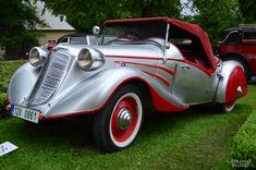 Retro Cars, Vintage Cars, Antique Cars, Silver Car, Car Car, Cool Cars, Classic Cars, Trucks, Classy
