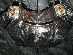 NWOT Stunning Authentic Kathy Van Zeeland Handbag. Starting at $25 on Tophatter.com!