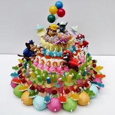 Haribo Candy, Candy Birthday Cakes, Bar A Bonbon, Candy Crafts, Chocolates, Sweet Cakes, 8th Birthday, Cute Food, Marshmallow