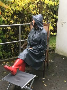 Raincoats For Women Shoes Red Hunter Boots, Hunter Wellies, Shiny Days, Rubber Raincoats, Bronze, Raincoats For Women, Rain Wear, Riding Boots, Rain Jacket
