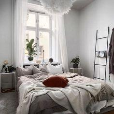 Cozy bedroom home interior - Bedroom Walls, Cozy Bedroom, Home Decor Bedroom, Living Room Decor, Design Seeds, Decor Inspiration, Bedroom Inspiration, Spas, Feng Shui