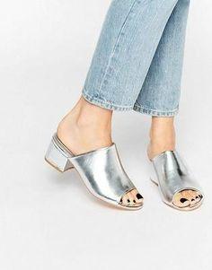 ¡Ficha cuáles son los zapatos que llegan pisando fuerte para vestir tus pies!