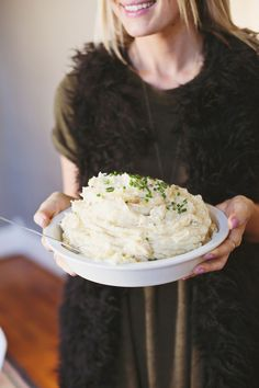 A short tutorial on how to make mashed potatoes in a slow cooker. A great way to leave the stove top free for other holiday needs.