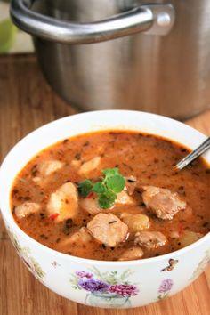 sio-smutki! Monika od kuchni: Zupa z imbirem, chili i kurczakiem Chili, Cheeseburger Chowder, Thai Red Curry, Soup Recipes, Yummy Food, Hot, Ethnic Recipes, Polish Soup, Eten