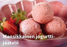 Mansikkainen jogurtti-jäätelö, Resepti: Valio #kauppahalli24 #resepti #jälkiruoka #kesä #jäätelö Ice Cream, Favorite Recipes, Vegetables, Breakfast, Sweet, Desserts, Food, Coffee, No Churn Ice Cream
