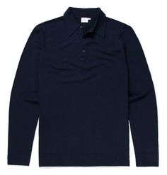 The Milano knit blazer has a modern cut, neat lapels and clean welt pockets, and is knitted in Italian merino wool, making it warm but not bulky. The perfect balance between casual and formal. Polo Jumper, Polo Shirt, Timeless Fashion, Merino Wool, Knitwear, Polo Ralph Lauren, Navy, Coat, Mens Tops