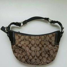 COACH BAG Great condition inside & out 11 inches across  8 inches top of handle to top of purse Coach Bags