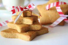 A karácsonyi készülődés elengedhetetlen mozdulata a mézeskalács készítés. Ezek a kekszek nem csak finomak, de illatukkal karácsonyi hangulatot teremtenek, közösen készítve együtt tölti az idejét a család, és már jó előre le lehet gyártani akár …