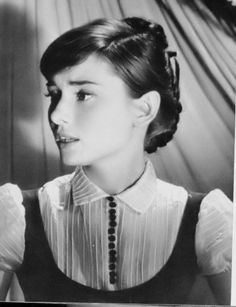 Photo of Audrey♡ for fans of Audrey Hepburn 14961372 Audrey Hepburn Photos, Audrey Hepburn Style, Classic Hollywood, Old Hollywood, Roman Holiday, Classic Beauty, Movie Stars, My Idol, Style Icons