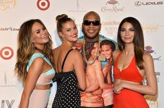 Chrissy Teigen Photos Photos - (L-R) Chrissy Teigen, Nina Agdal, Flo Rida, and Lily Aldridge attend Club SI Swimsuit at LIV Nightclub hosted by Sports Illustrated at Fontainebleau Miami on February 19, 2014 in Miami Beach, Florida. - Sports Illustrated Hosts Club SI Swimsuit Bash