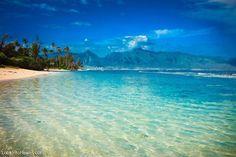 Kooks Beach in Maui Paia, Hawaii. An great hidden beach with crystal clear, blue waters.