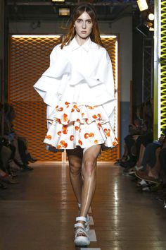 MSGM Fashion Show Ready to Wear Collection Spring Summer 2017 in Milan