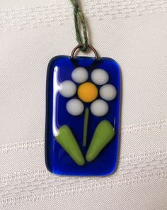 Fused Glass Flower Tiny Sun Catcher Ornament, Cobalt Blue with White Daisy