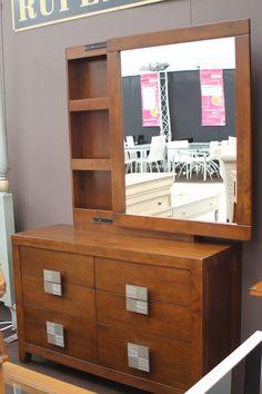 6ª Feria Outlet de la oportunidad del mueble de Nájera 2014  http://www.icono-interiorismo.blogspot.com.es/2014/08/6-feria-outlet-de-la-oportunidad-del.html