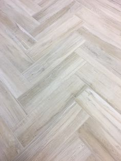 Porcelain Wood Tile Aequa Series from Italy is available in numerous styles, colors, and patterns at Arizona Tile locations. Porcelain Wood Tile, Ceramic Floor Tiles, Wood Tile Floors, Wood Look Tile, Glass Backsplash Kitchen, Backsplash Ideas, Modern Flooring, Flooring Ideas, Marble Wood