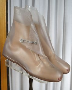 Clear plastic overshoes for rainy weather. I hated! having to wear these. First, a plastic bread sack went over your shoes so you could get the galoshes off when you needed to. Thanks For The Memories, Great Memories, Childhood Memories, Vintage Outfits, Vintage Fashion, Photo Vintage, I Remember When, Thing 1, Just In Case