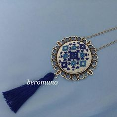 Ethnic necklace - hand embroidered - Ukrainian embroidery - made by Skrynka - Embroidery Jewelry, Hand Embroidery Designs, Diy Embroidery, Cross Stitch Embroidery, Brooches Handmade, Handmade Jewelry, Cross Stitch Designs, Cross Stitch Patterns, Mini Cross Stitch