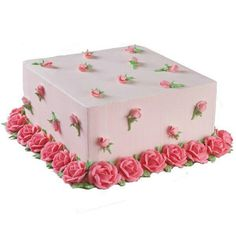 square rose & rosebud cake