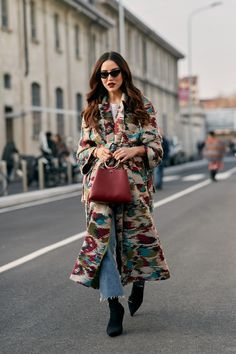 Milan Fashion Week Street Style Fall 2018 Day 4 Cont. All the best street style looks from Milan FW18 shows and fashion week. the best looks worn by fashion editors, models, influencers and more. See the latest Street Style from all the womenswear fashion shows at TheImpression.com