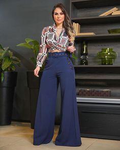 Home Decor ideas &Home Garden & Diy Vogue Fashion, Suit Fashion, Curvy Fashion, Fashion Pants, Hijab Fashion, Fashion Outfits, Indian Fashion Trends, African Fashion Dresses, Skirt And Sneakers
