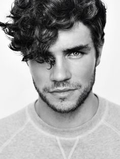 Guys, looking for a new refreshing haircuts for men? Here we have rounded up 25 Haircuts for Men with Curly Hair gallery for you to get inspired! Curly Hair Cuts, Curly Hair Styles, Guys With Curly Hair, Frizzy Hair, Long Curly Hair Men, Kinky Hair, Thick Hair, Men With Long Hair, 2015 Hairstyles