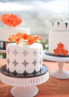 "Pantone's Color of the Year, Tangerine Tango, Along With Pantone's Titanium (Gray) Add a Contrasting Palette to this ""Variations on a Theme"" Trio of Modern Wedding Cakes.  Photo by: millieholloman.com"