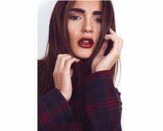 Head shot. Model. Red lips Red Lips, Model, Photography, Photograph, Scale Model, Fotografie, Photoshoot, Models, Fotografia