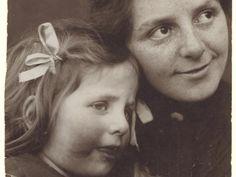 Paula Modersohn-Becker mit Elsbeth, Foto: Anonym, Paula Modersohn-Becker-Stiftung