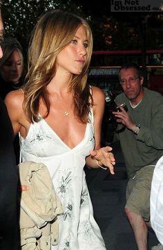 Jennifer Aniston Dress, Jeniffer Aniston, Jennifer Aniston Pictures, Nancy Dow, Jennifer Aniston Horrible Bosses, Jennifer Friends, Celebrity Photos, Celebrity Style, John Aniston