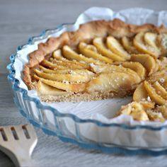 Recette sans gluten et sans lactose Normande d'origine, la tarte aux pommes est, pour moi, un inconditionnel de la cuisine ! Cependant, je n'en avais pas encore testé sans gluten, c&rsq…