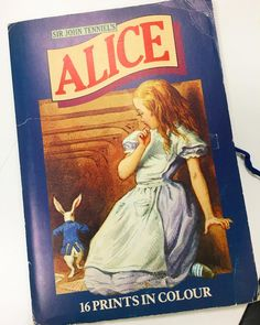 Happy Monday everyone! So when I was at my book photo shoot last week my editor May brought her Alice in Wonderland postcard collection for me to see. It dates back to the 70s and is one of the early coloured versions. I will share more on that on my blog this week.  #alice #aliceinwonderland #alicethroughthelookingglass #aliceinwonderlandparty #whiterabbit #madhatter