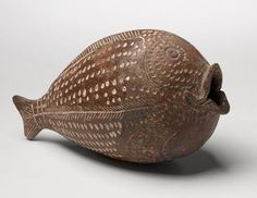 century BCE Fish-shaped vessel Tel Poleg Middle Canaanite period, Pottery The open-mouthed fish was a burial gift. Its face and the inside of its mouth are decorated with punctation and engraving Ceramic Clay, Ceramic Pottery, Pottery Art, Objets Antiques, Art Antique, Antique Decor, Keramik Design, Ancient Near East, Ceramic Animals