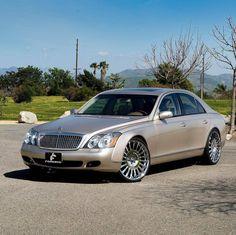 Mercedes Benz Sedan, Mercedes Benz Cars, Infiniti Vehicles, Best Luxury Cars, Sedans, Motorcycle Bike, Trains, Computers, Automobile