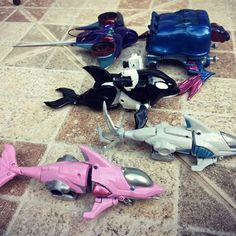 """""""By Seafaring I exist"""". Gao Orca, Gao Dolphin, Gao Turtle, Gao Jaws and Gao Manta, ready to protect our oceans 🐳🐢🐬🦈 (there's not an emoji for M. Power Rangers Movie 2017, Power Rangers Figures, Power Rangers Wild Force, Power Rangers Toys, Go Go Power Rangers, Power Rangers Megazord, Pawer Rangers, Avengers Alliance, Kamen Rider Series"""