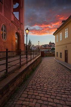 https://flic.kr/p/KtTZVd | Golden evening in Prague | Thank you for watching! Follow me on Instagram : instagram.com/jackietrananh