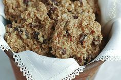 Raw Cinnamon Oatmeal Raisin Cookies
