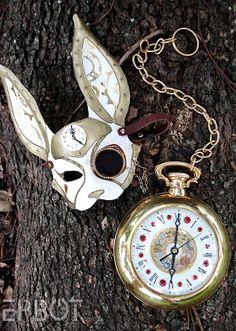 DIY Alice in Wonderland Steampunk White Rabbit Mask & Giant Pocket Watch Tutorial