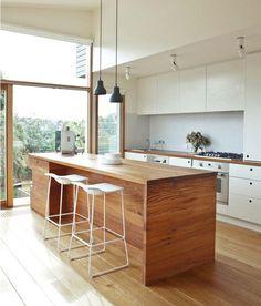 Интерьер кухни в стиле минимализм.